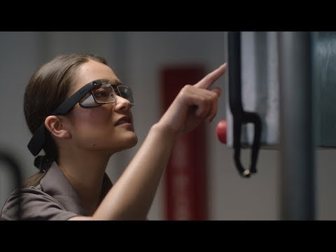 lyteCache.php?origThumbUrl=https%3A%2F%2Fi.ytimg.com%2Fvi%2F5IK zU51MU4%2F0 - Google is back with a third major iteration of Google Glass