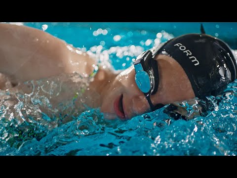 lyteCache.php?origThumbUrl=https%3A%2F%2Fi.ytimg.com%2Fvi%2FRuOGgcgzrbU%2F0 - FORM Swim Googles come with an augmented-reality display