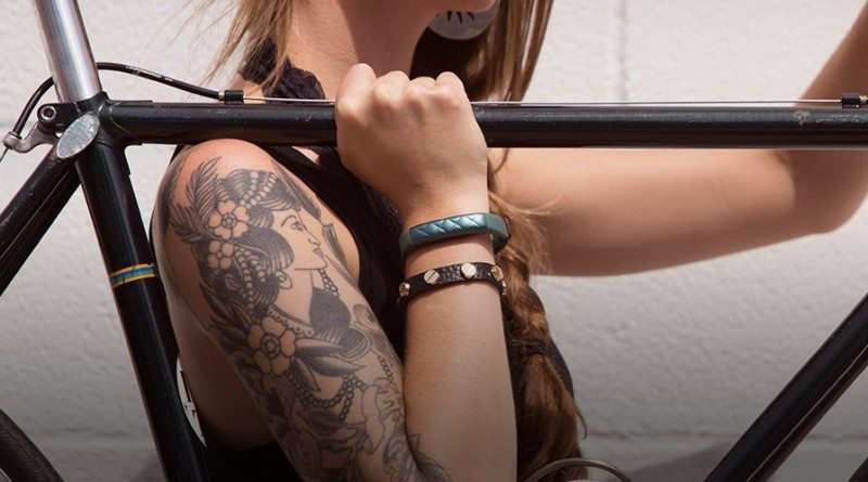 Jawbone 2015 Dec 28 e1456689579664 800x445 - One in seven Brits now own a wearable device