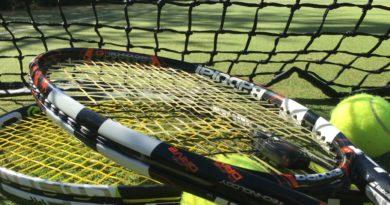 The battle of the tennis sensors