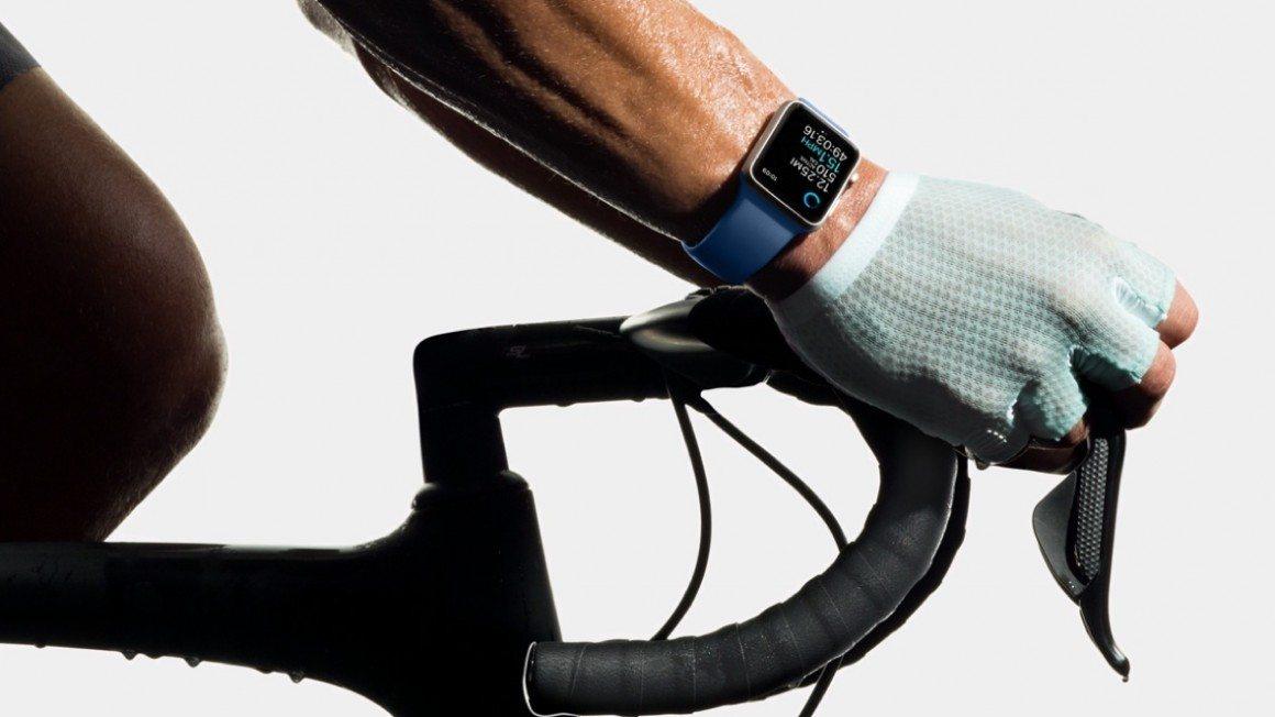 apple unveils swim friendly watch 2 series 3 - Apple unveils swim-friendly Watch 2 series