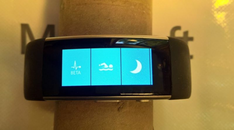 Abandoned Microsoft Band 3 prototype photos leak