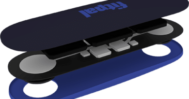 Fitpal: heart rate variability stick-on wearable