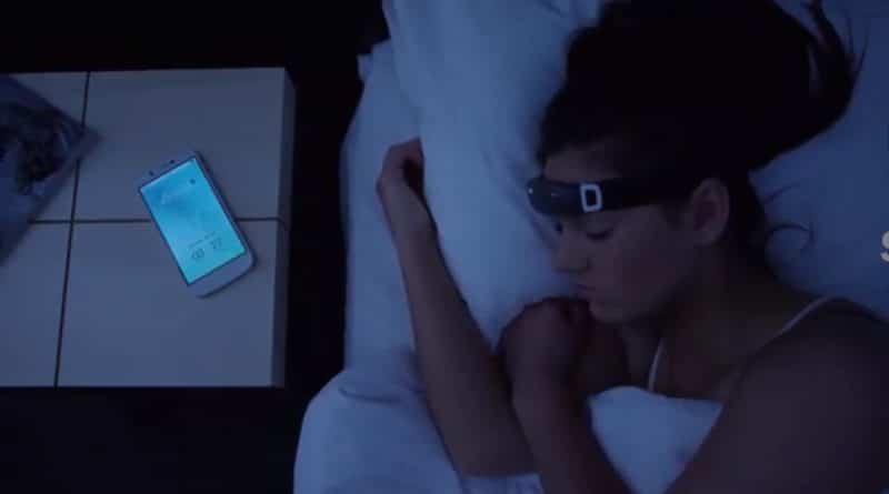 iBand+: the EEG headband that helps you sleep and dream