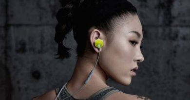 Carat Pro: heart rate monitor & 4GB storage biometric earbuds