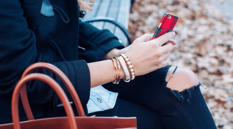 Jawbone looks to swap consumer for clinical wearables
