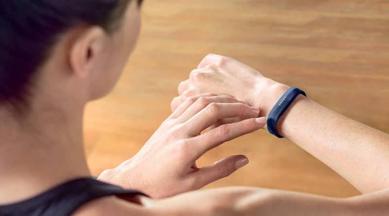 Fitbit investigating report of an exploding Flex 2 tracker