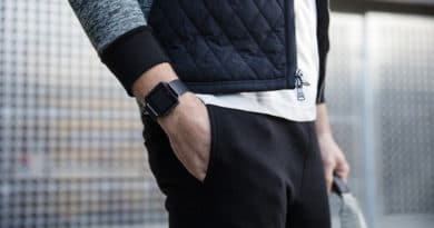 More details emerge on Fitbit's smartwatch woes