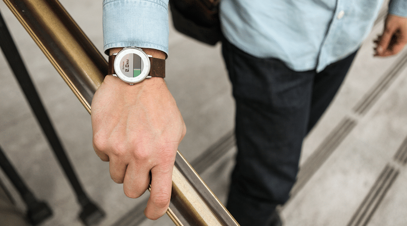 Pebble watches will keep ticking along thanks to new update