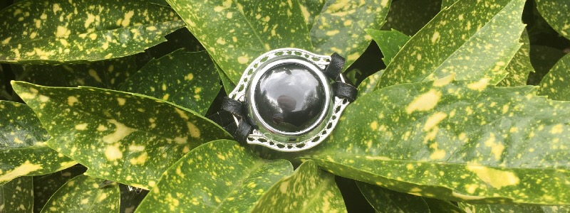 review ivy smart jewelry for women safety 3 - Review: Ivy, smart jewelry for women safety