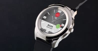 ZeTime: Real watch hands on a smartwatch face