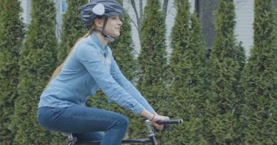 AHEAD: turn any helmet into a smart communication hub
