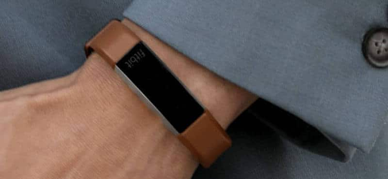 how to get texts on fitbit alta hr