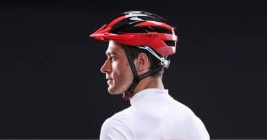 Livall MT1 smart cycling helmet puts the bling into mountain biking