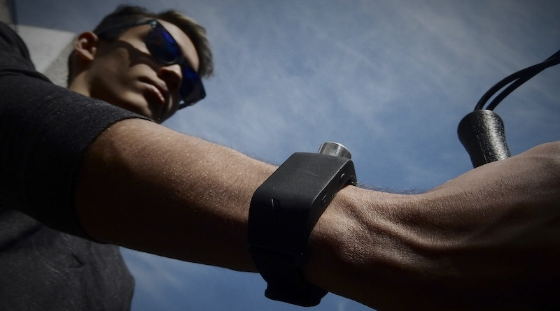 Sunu Band helps you navigate the way bats navigate at night