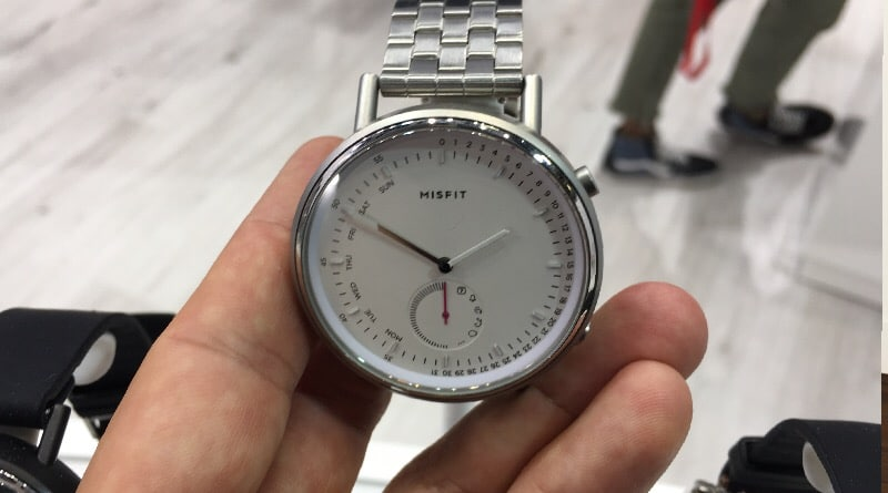 Hands-on with Misfit Command, a stylish new hybrid timepiece