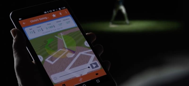 garmin s bat swing sensor comes with a built in display for real time feedback 3 - Garmin's bat swing sensor comes with a built-in display for real-time feedback