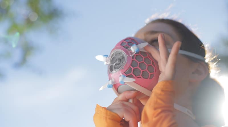 HEXA: the smart face mask that doubles up as an air quality monitor