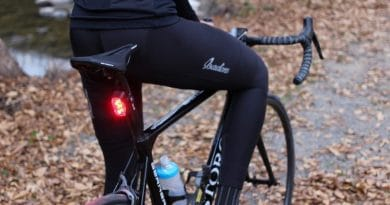 Rayo: a bicycle tail-light designed for the modern cyclist