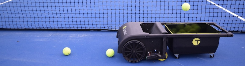 tennis gadgets and trackers to improve your game 1 - Smart tennis gadgets and trackers to improve your game