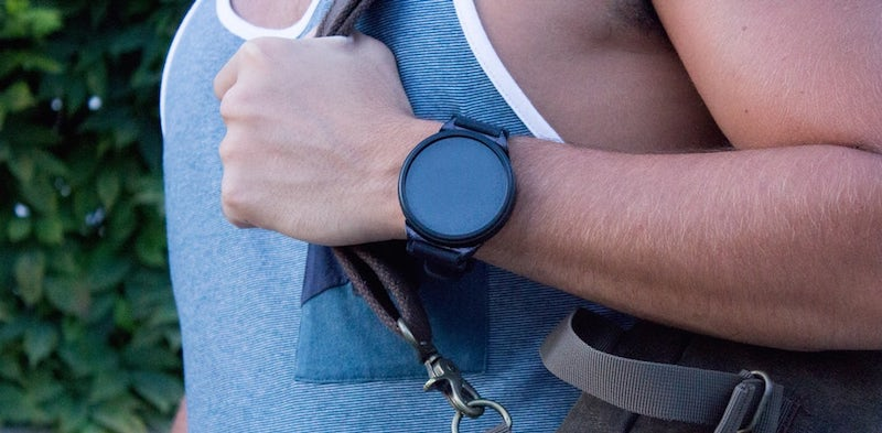 shell is a unique mix of smartwatch and smartphone 2 - Shell is a unique mix of smartwatch and smartphone