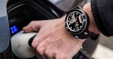 X-ONE: Mechanical Swiss-made smartwatch