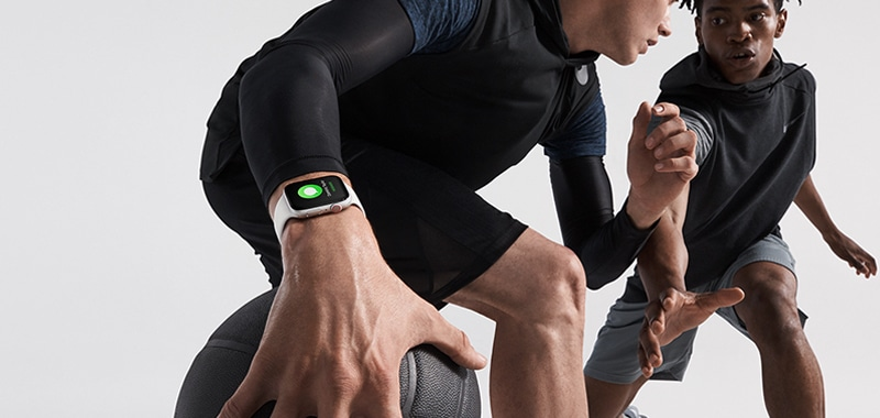 fitbit versa or apple watch series 3 which to get 1 - Apple Watch Series 4 vs Fitbit Versa: the battle of the smartwatches
