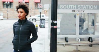 Mercury: a sleek urban jacket that adjusts to your optimal temperature