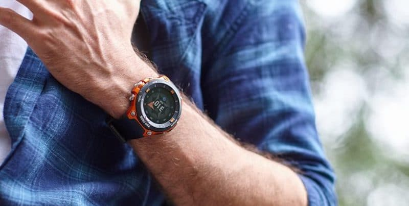 top 10 smartwatches and hybrids of baselworld 2018 4 - Top smartwatches and hybrids of Baselworld 2018