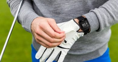 Garmin's Approach S10 is a simple, easy-to-use, entry-level golf watch