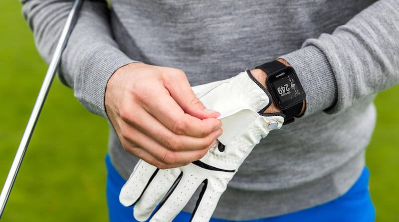 Garmin's Approach S10 is a simple, easy-to-use entry-level golf watch