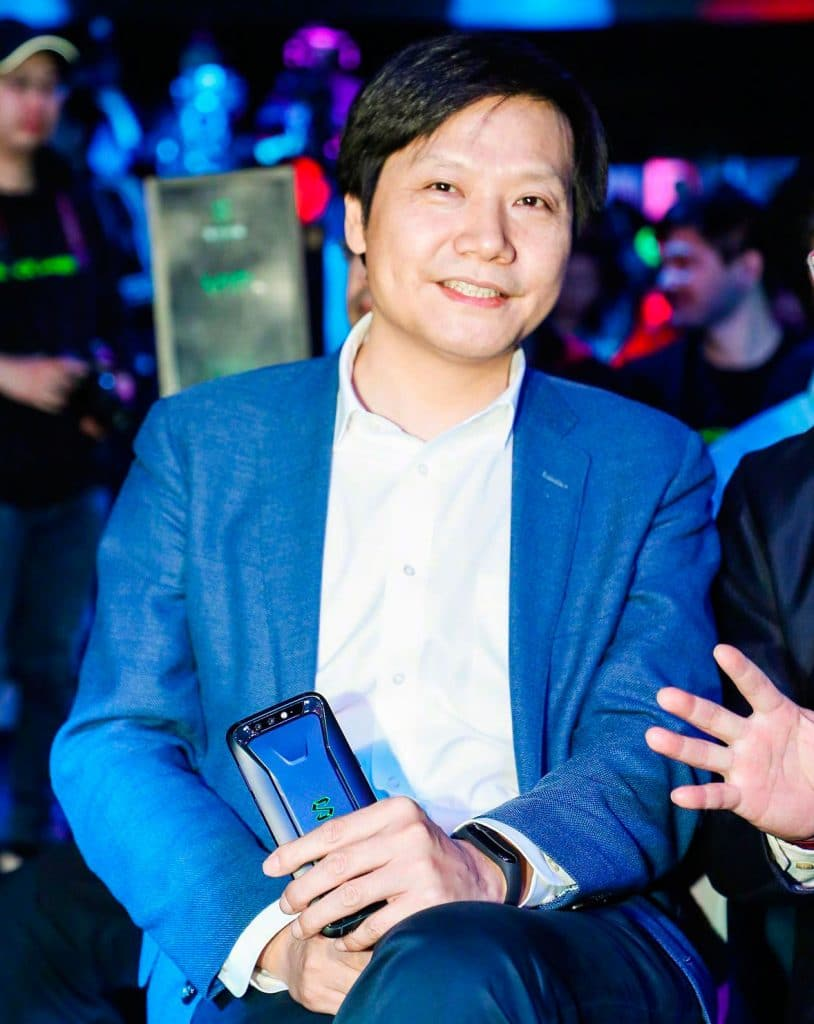 xiaomi ceo spotted wearing mi band 3 what to expect from the new smart band 814x1024 - Xiaomi to release Mi Band 3 at an event in Shenzhen by end May