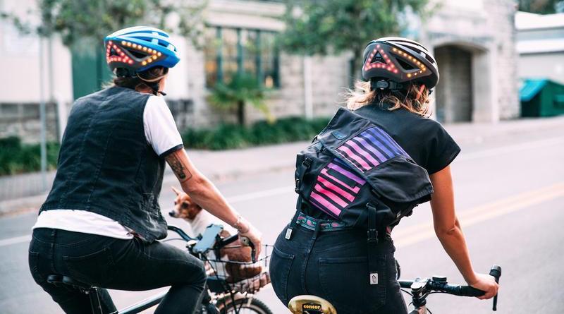 Lumos Helmet gets gesture controls