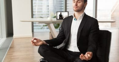 RESPA: clip-on device that helps you stay in your optimal breathing zone