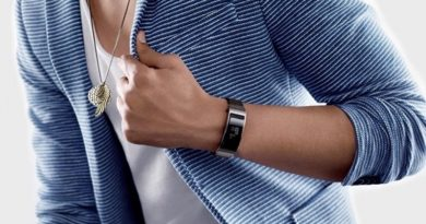 Huawei launches TalkBand B5 in China