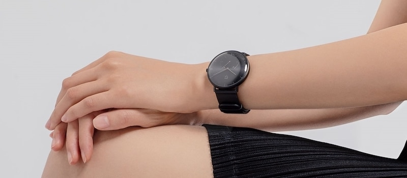 xiaomi miija 1 - Xiaomi launches Mijia, a low cost Quartz watch with smart features