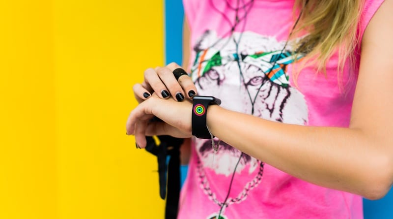 Apple patents smart watch bands with LED activity progress lights