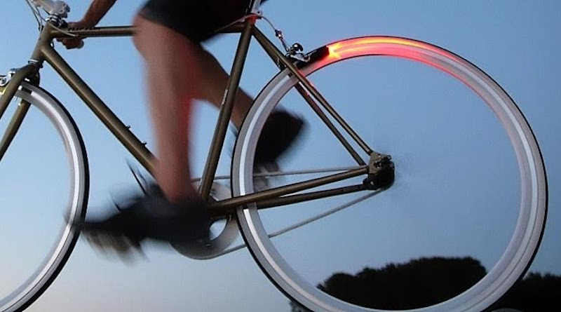 Magic Microlights: endless energy for bike illumination in brake shoes
