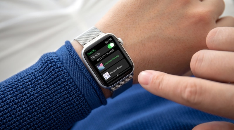 Rollout of Spotify's official Apple Watch app finally begins