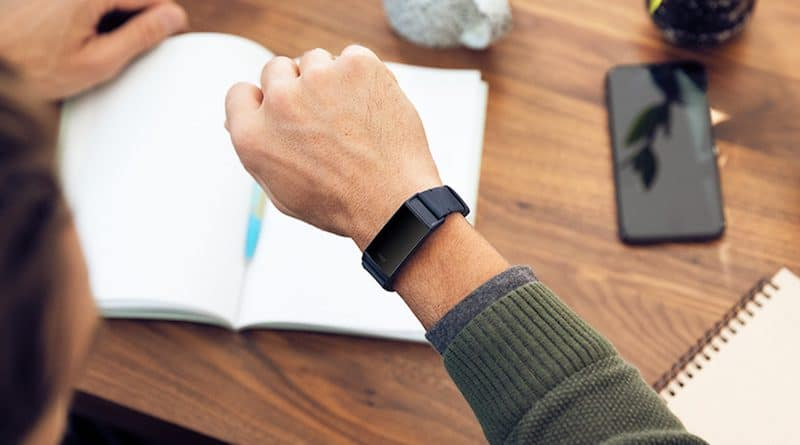 Fitbit users take to forums to complain about Charge 3 blank screen issue
