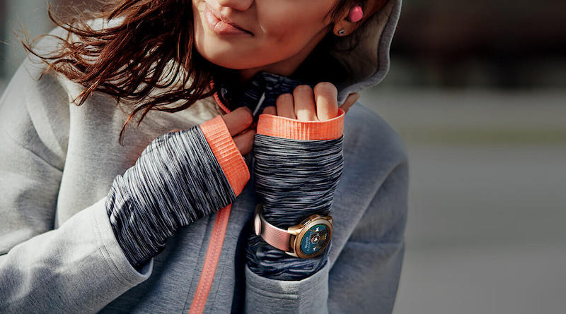 Choosing from Samsung's range of fitness wearables