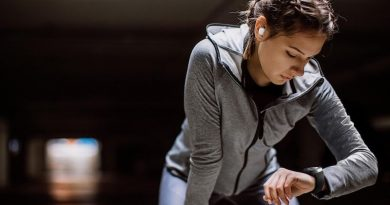 Samsung adds new fitness wearables to its Galaxy lineup