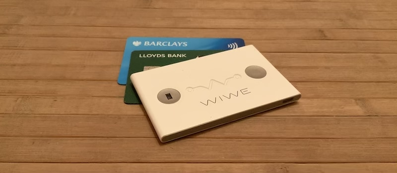 review wiwe a business card sized clinical grade ecg monitor 1 - Review: WIWE, a business-card sized clinical-grade ECG monitor