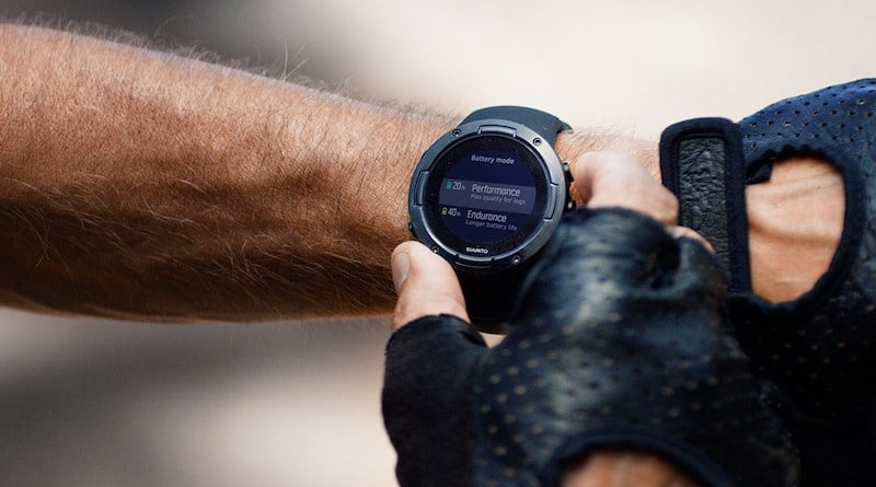 Suunto 5 offers long battery life and a host of functions in a compact body