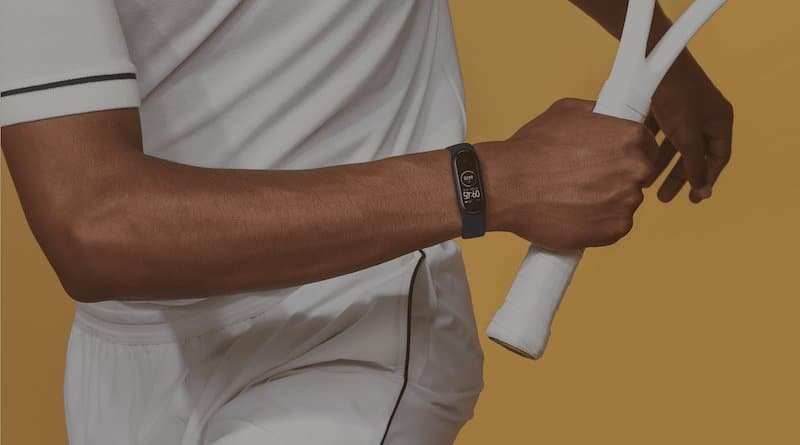 You can now purchase the Xiaomi Mi Band 4 in the UK