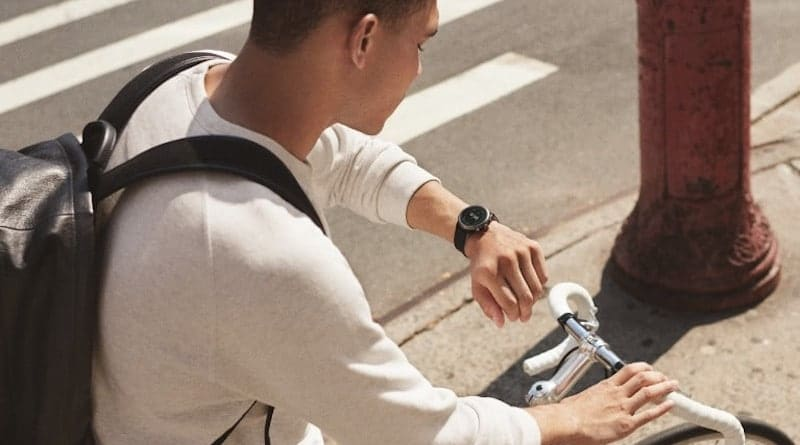 A new Fossil smartwatch gets Bluetooth certification