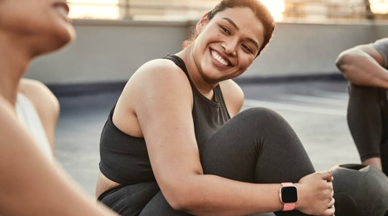 How to change time on a Fitbit smartwatch or fitness tracker