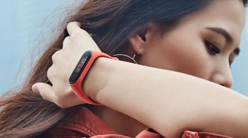 Xiaomi Mi Band 4 firmware update slaps on auto screen off feature