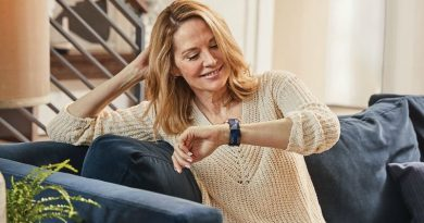 Fitbits are not just for the younger generations, new study