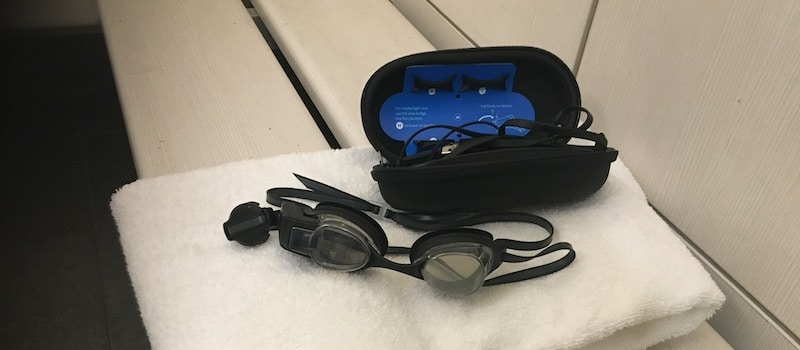 review augmented reality form swim goggles look feel like the traditional thing 3 - Review: experience the future of swimming with FORM Swim Goggles